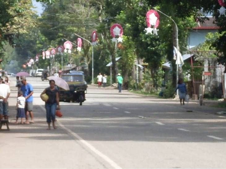Christmas lanterns at the national highway installed by Barangay Poblacion